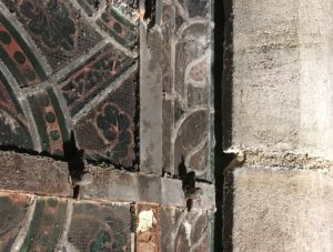 chantier-de-restauration-vitraux-anciens