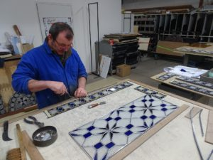 etape-montage- restauration-vitrail
