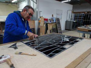 Restauration réseau de plomb vitrail